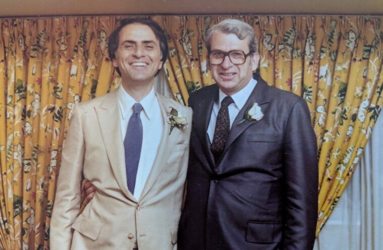 Dr. Lester Grinspoon (right) with long-time friend Carl Sagan.
