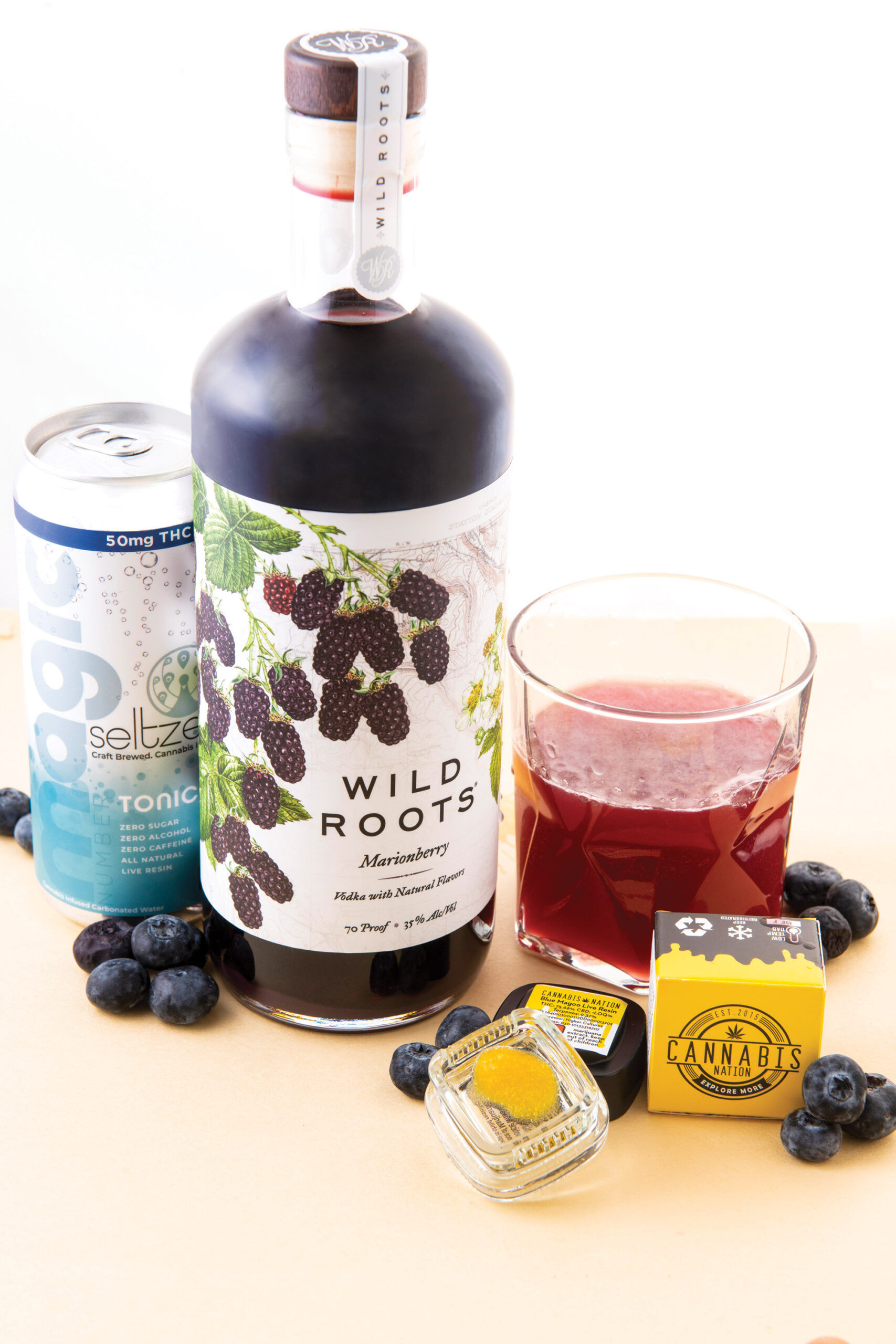 Huckleberry Vodka and Tonic Seltzer with Blue Magoo Live Resin